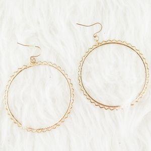 ⭕ [MUST BUNDLE] Gold Earrings